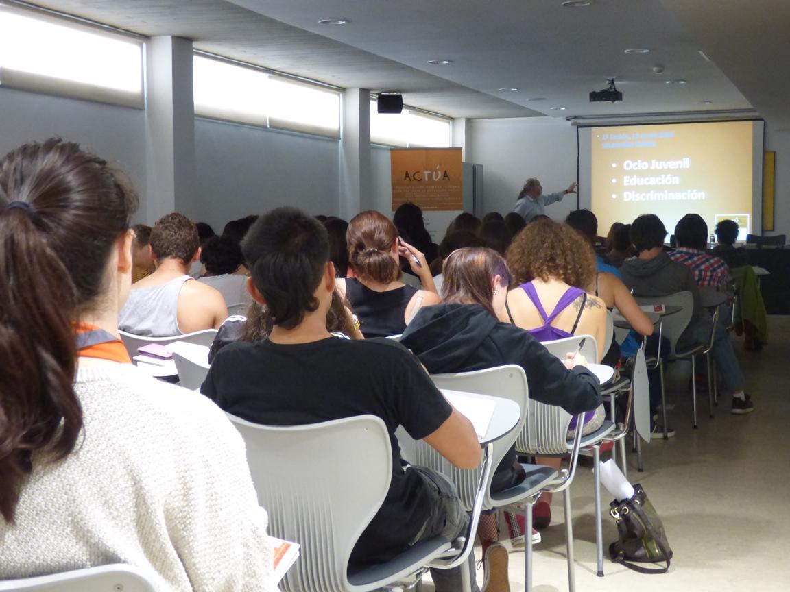 3 ONGD de la Coordinadora participan en una investigación social acerca de los intereses y problemas de la juventud de la Comarca de Pamplona