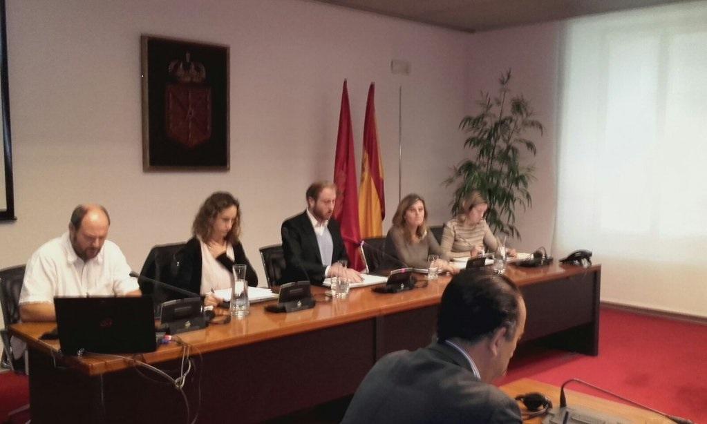 Comparecemos en el Parlamento de Navarra
