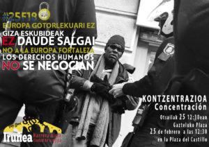 """#25F18 Concentración """"No a la Europa Fortaleza. Los Derechos Humanos no se negocian"""" @ Plaza del castillo   Pamplona   Navarra   España"""