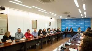La consejera Maeztu preside la primera reunión del Consejo de Cooperación de esta legislatura